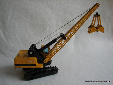 Caterpillar Bucket Digger. (ref Nos014)
