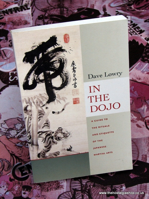 In The Dojo. Martial Art Book. 2006 (ref B129)