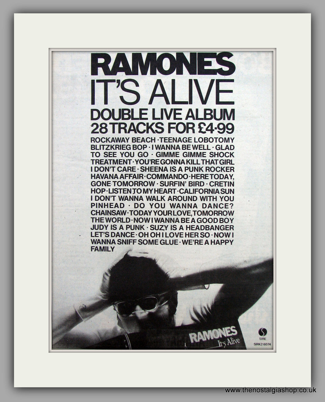 Ramones-It's Alive.  Original Vintage Advert 1979 (ref AD10542)