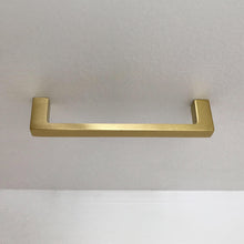 Load image into Gallery viewer, Schoolhouse Electric-Greenwood Pull in Natural Brass