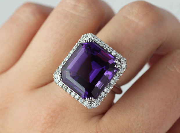 Square Amethyst And Diamond Ring | 18K White Gold