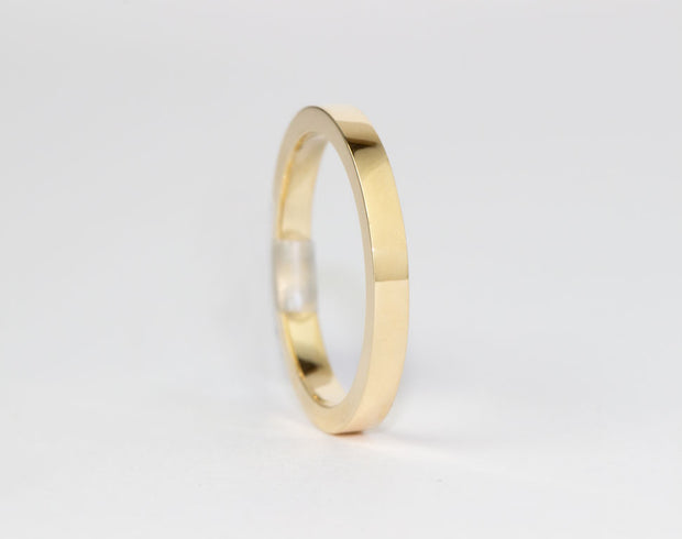 Classic Flat With Rounded Edge Yellow Gold Band