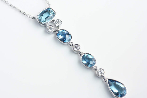 Aquamarine and Diamond Pendant Necklace | 18K White Gold