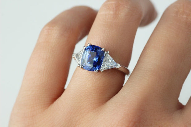 Ceylon Blue Sapphire and Trillion Cut Side Diamonds Ring