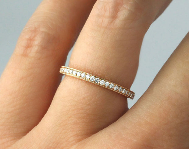 Single row pave wedding band