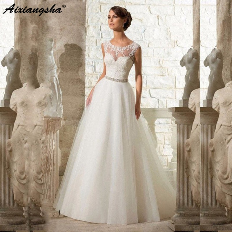 bae4b9c52 Cheap A-Line Lace Appliques Wedding Dress 2019 Vintage Plus Size Vestido de  Novia with