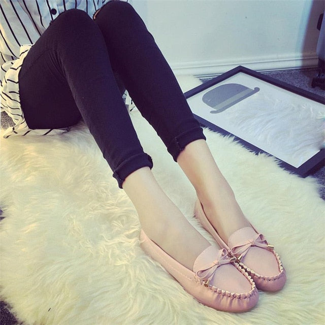 Bow Tie Slips Flat Shoes - Blunt Script