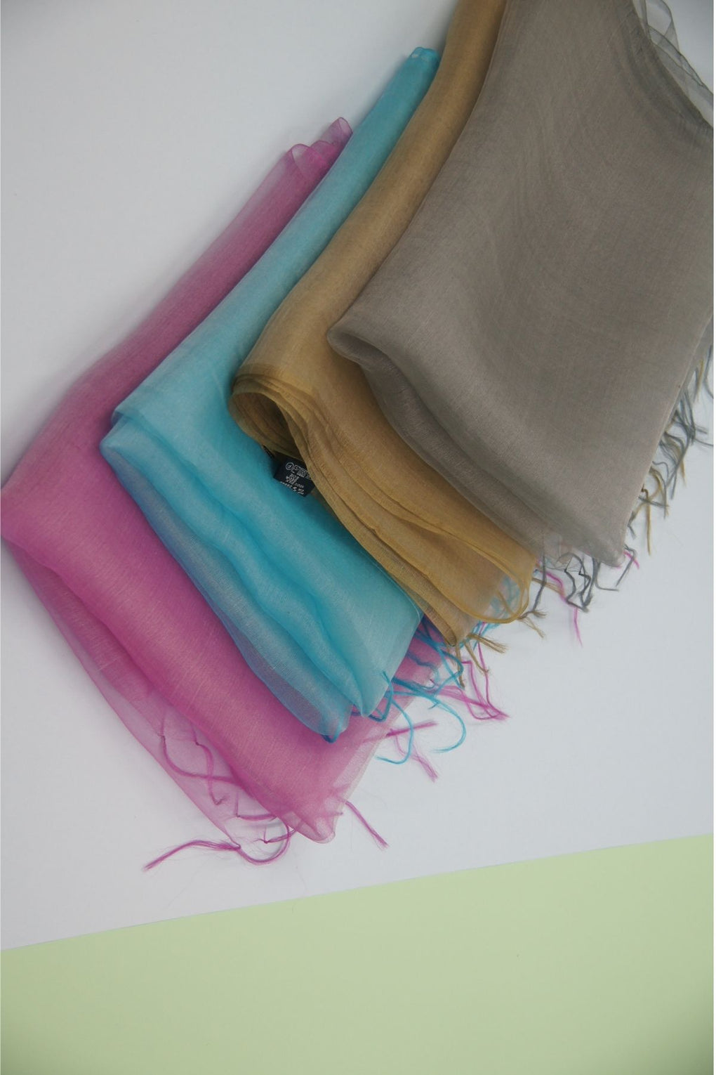 Chambray Look Silk Scarf (SE-7751)