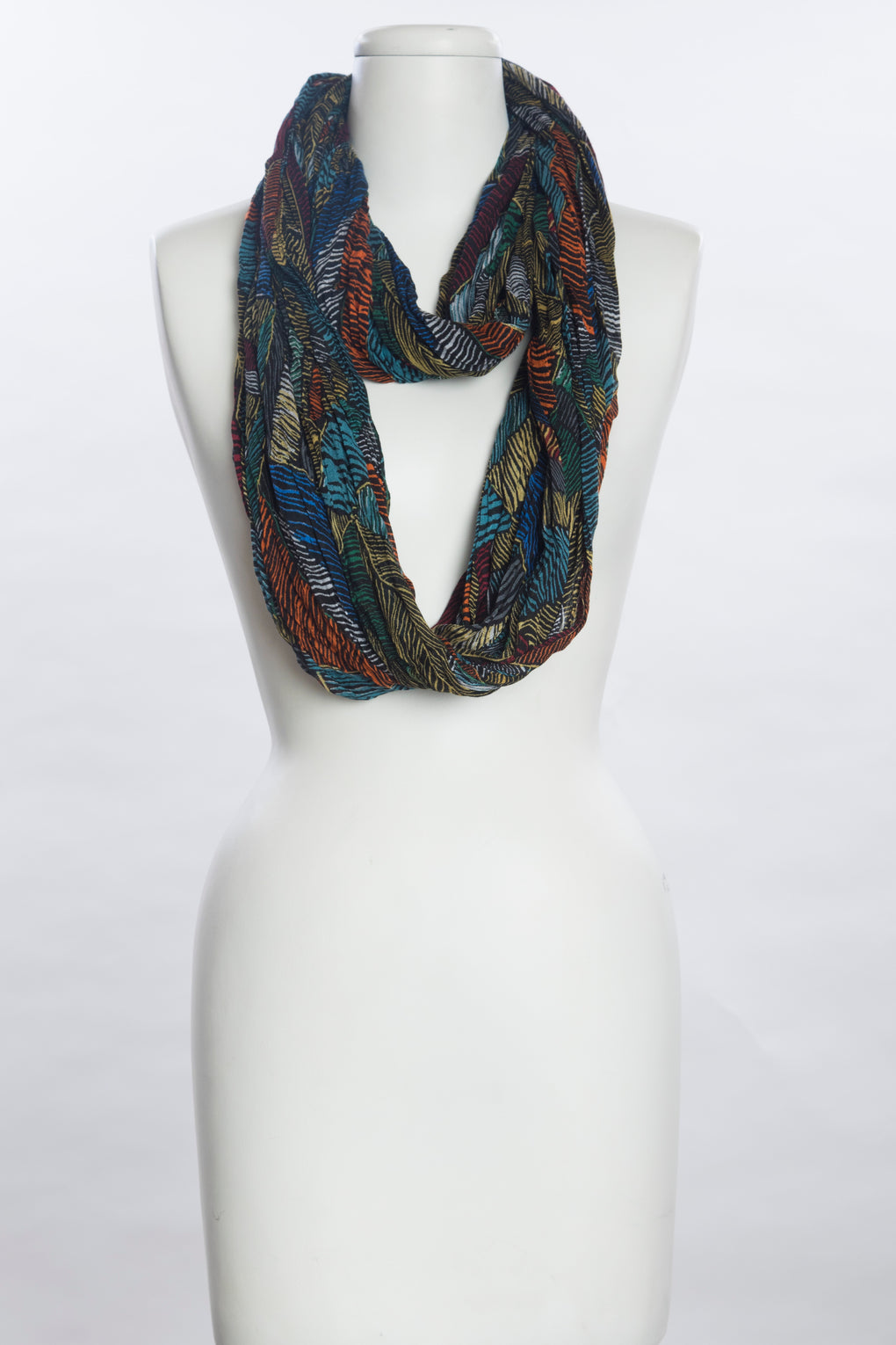 Hand Painted Feathers Scarf (SE-1053)