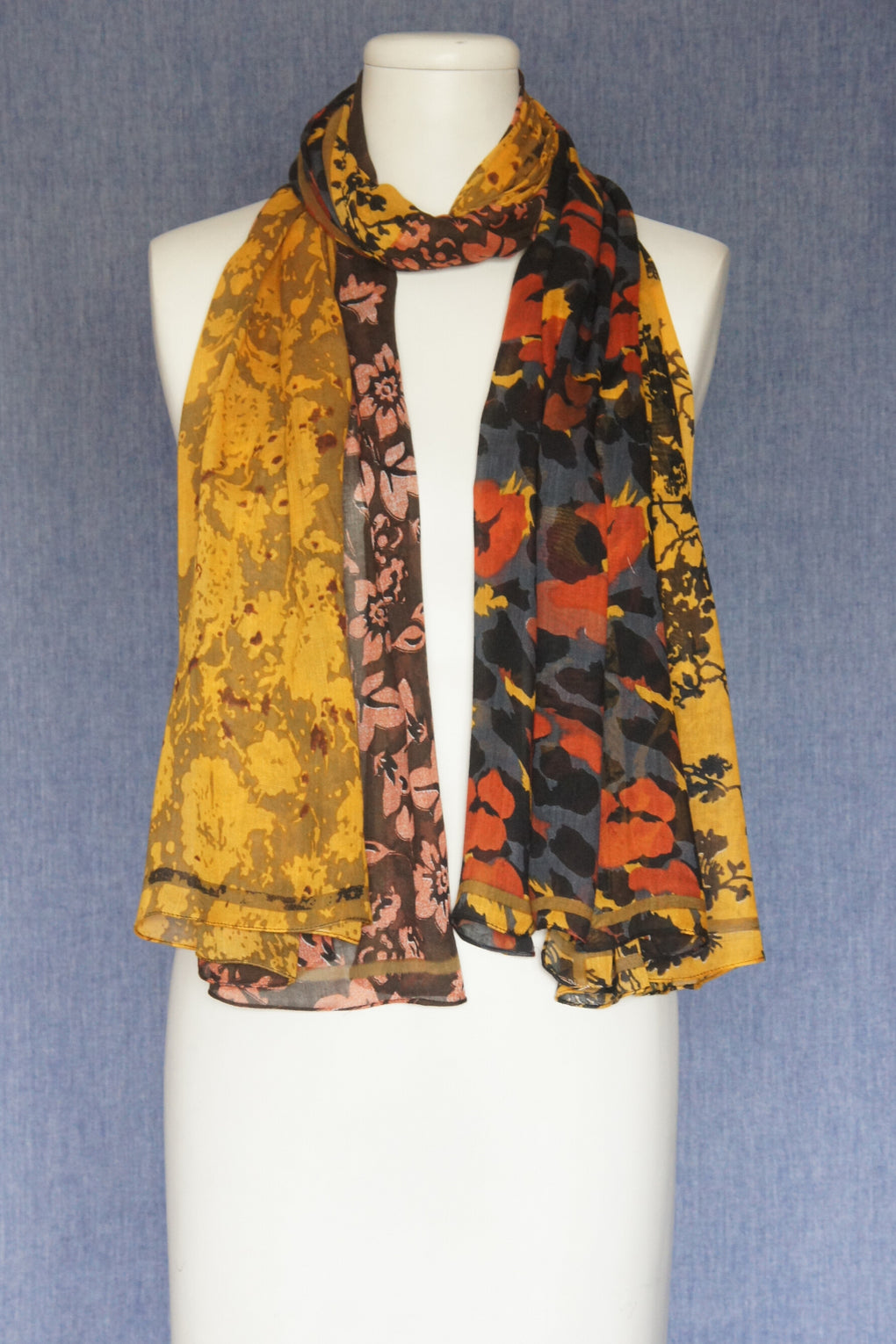 4 Patch Animal with Flowers Scarf (SE-1608)