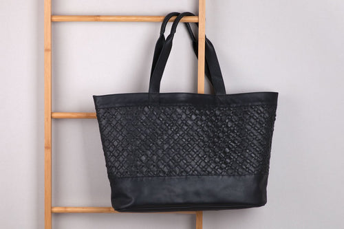 XL LEATHER TOTE - BLACK