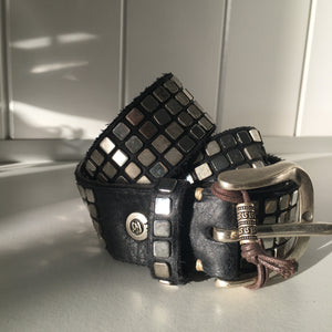 SQUARE VINTAGE STYLE STUD LEATHER BELT