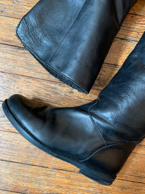 Canada North Tall Black Leather Insulated Pull On Boots