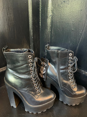 Black Steve Madden Vampy High Heeled Ankle Boot