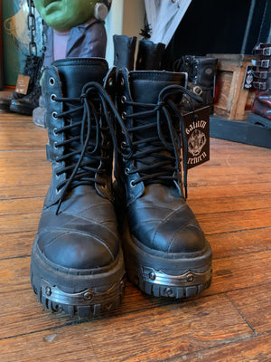 TUK Anarchic Goth O-Ring Boots