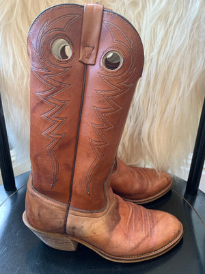 Brown Round Toe Pull On Cowboy Boots