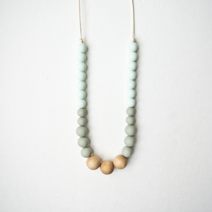 Naturalist Wood + Silicone Necklace - Mint Sage
