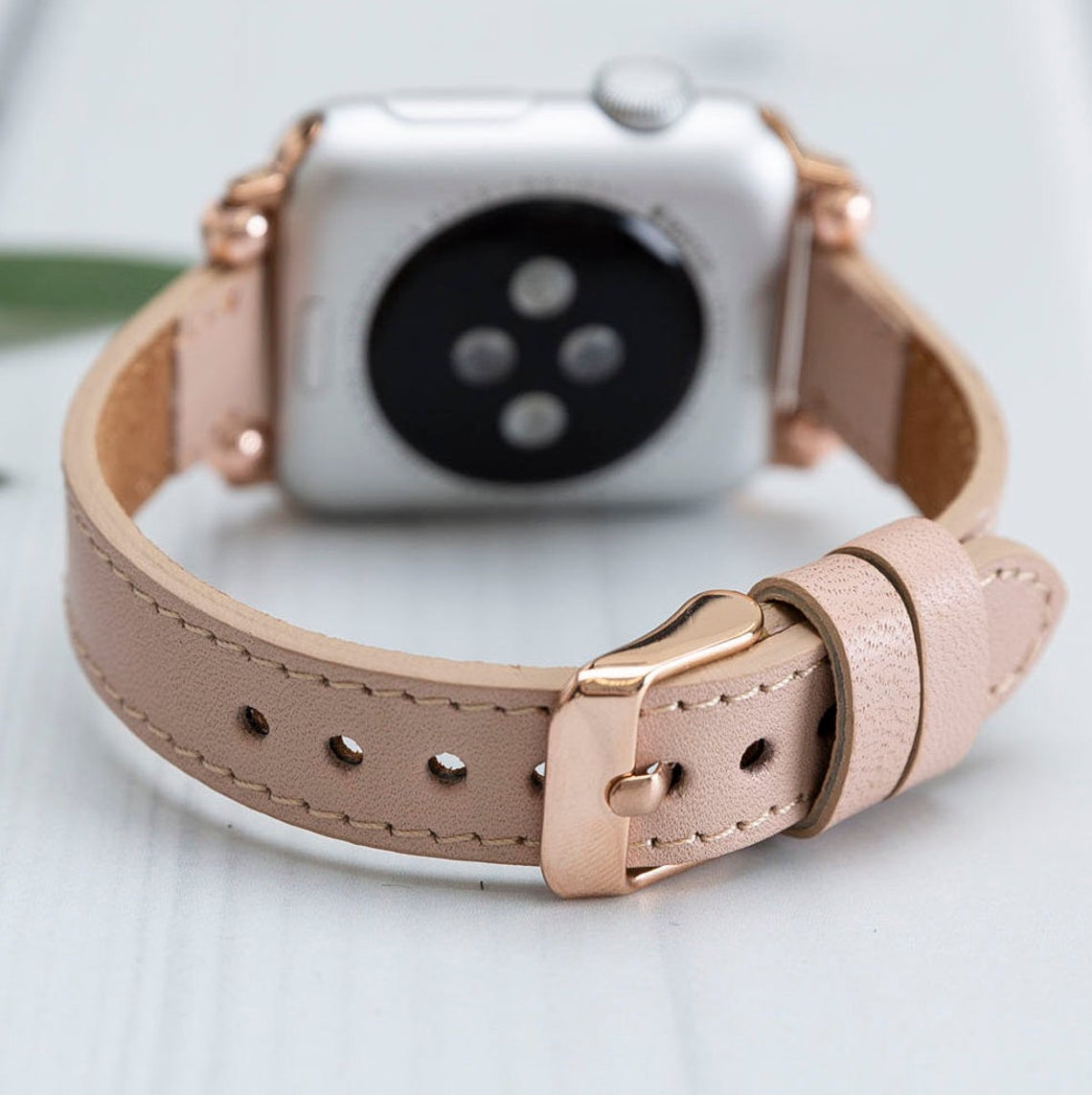 Luxury Nude - Leather Apple Watch Band - Fina Series