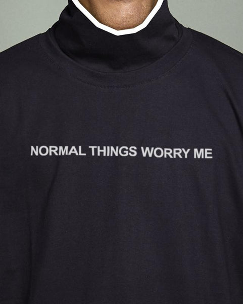 "Tshirt Giovanni Vernia, ""Normal people worry me"" collaboration with MONEO - Detail"