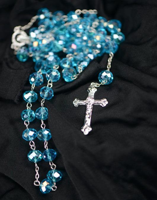 ROSARY W/BLUE FACETED BEADSV22-110
