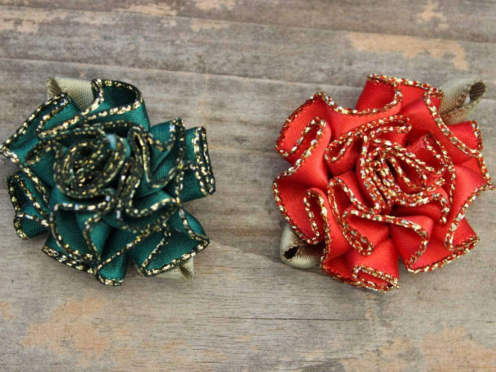 Diva Dog - Dog Collar Flower - Christmas Carnation (Removable, Set of 2)