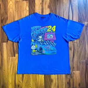 VINTAGE 2000 JEFF GORDON #24 PEANUTS 50TH ANNIVERSARY NASCAR GRAPHIC T-SHIRT