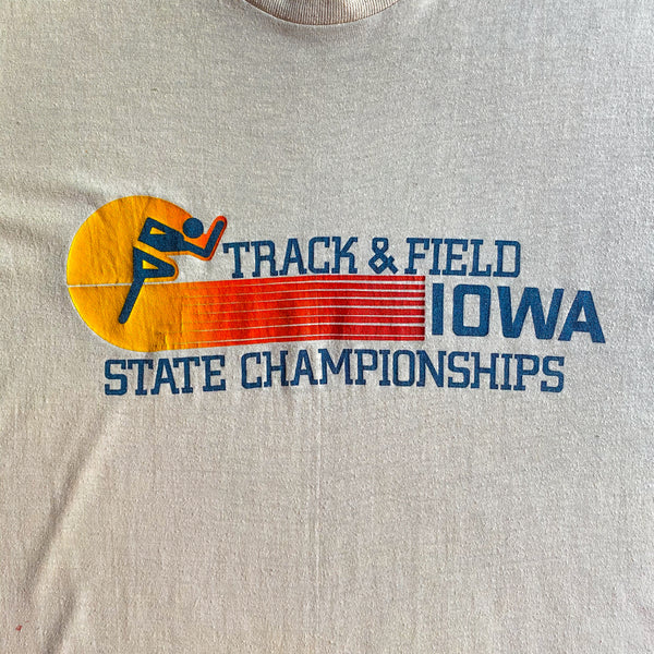 VINTAGE IOWA TRACK AND FIELD STATE CHAMPIONSHIPS T-SHIRT