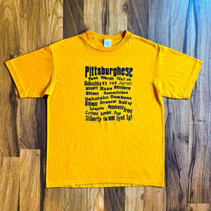 "VINTAGE ""PITTSBURGHESE"" PITTSBURGH SLANG PHRASES GRAPHIC PRINTED T-SHIRT"