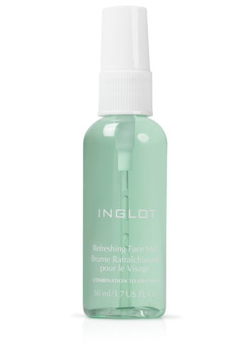 Refreshing face mist combination to oliy skin