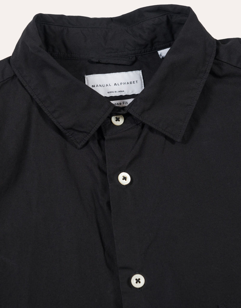 MANUAL ALPHABET Loose fit Regular Collar - Black
