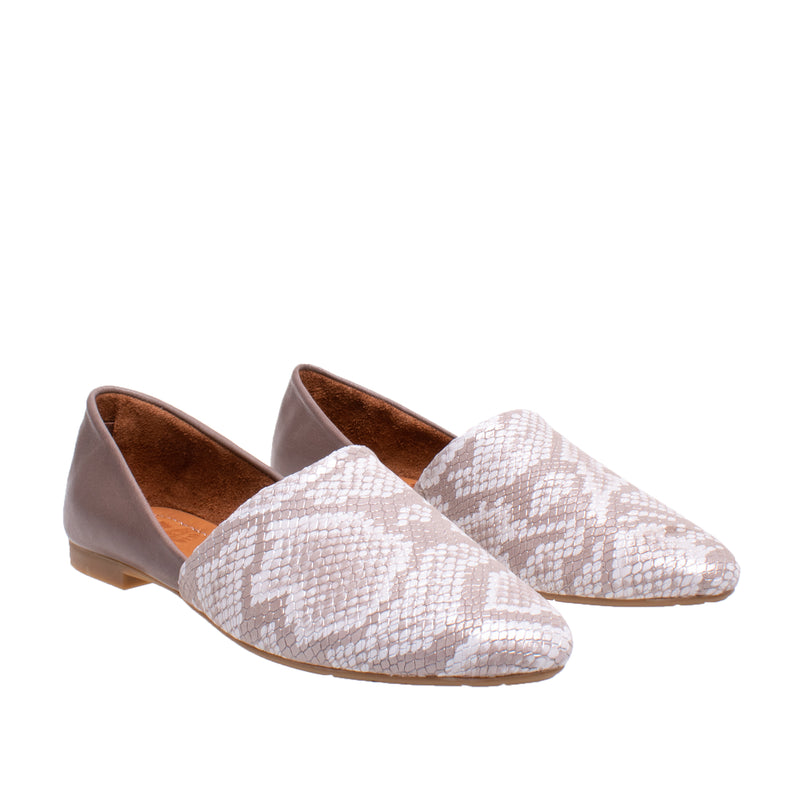 DNA Footwear Astor Leather Flat - Grey Snake