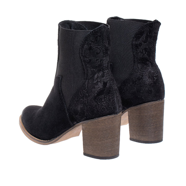Auburn Embossed Suede Western Boot - Black