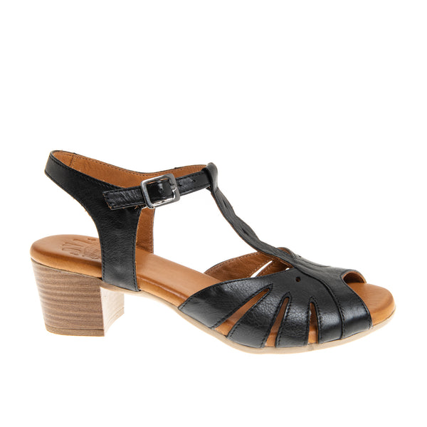 Bergen Braided T-Strap Sandal - Black