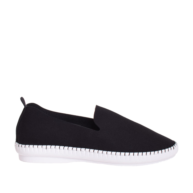 Brighton Slip On Sneaker - Black - DNAFOOTWEAR
