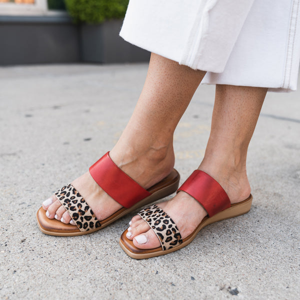 Catherine Two Band Slide Sandal - Leopard/Red