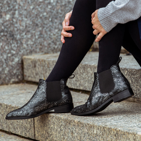 Fayette Tapered Toe Chelsea Boot - Python - DNAFOOTWEAR