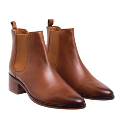 Fay Tapered Toe Chelsea Boot - Cognac
