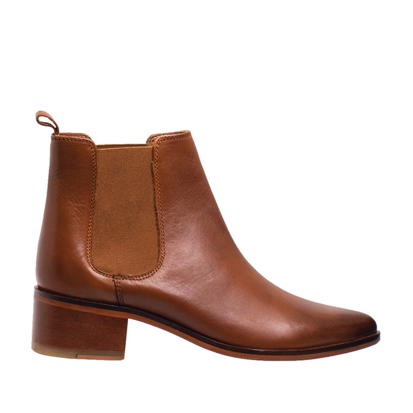 Fay Tapered Toe Chelsea Boot - Cognac - DNAFOOTWEAR