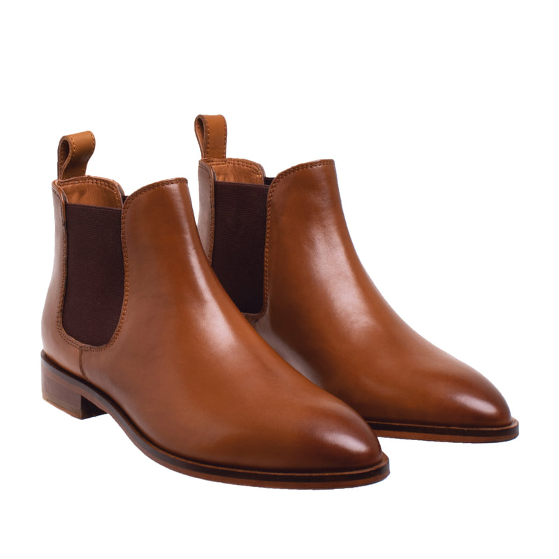 Fayette Tapered Toe Chelsea Boot - Cognac - DNAFOOTWEAR