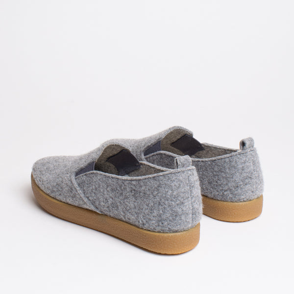 Joy TWAB Slip-on Sneaker - Light Grey