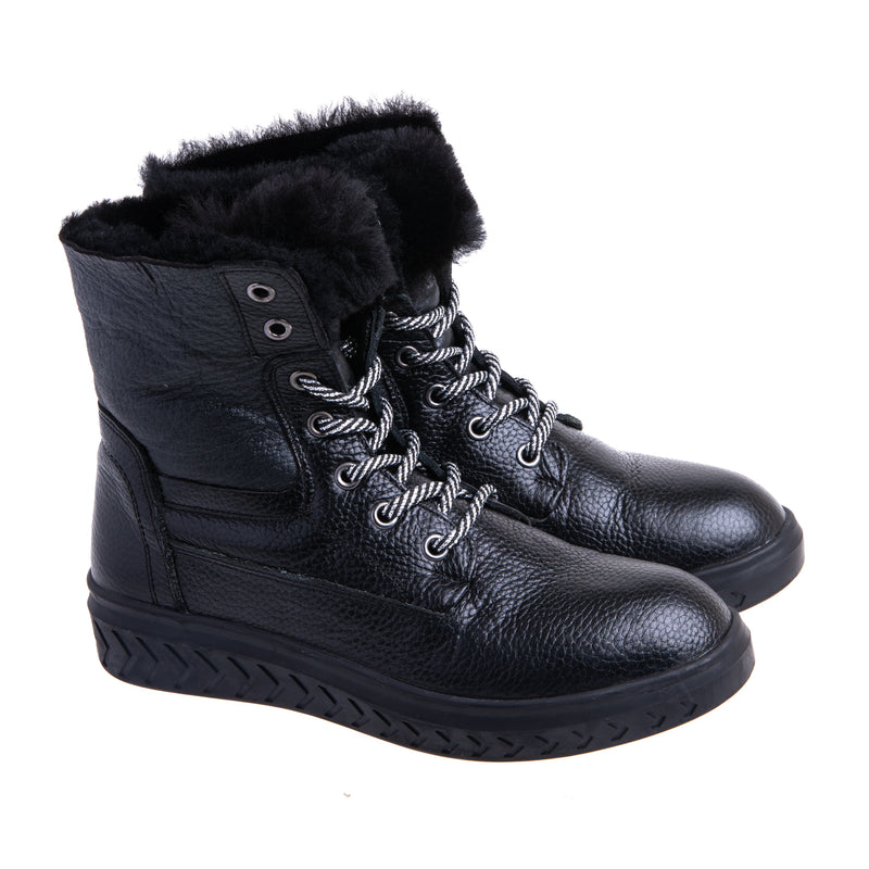Women's Landis Lace Up Fur Lined Bootie - Black