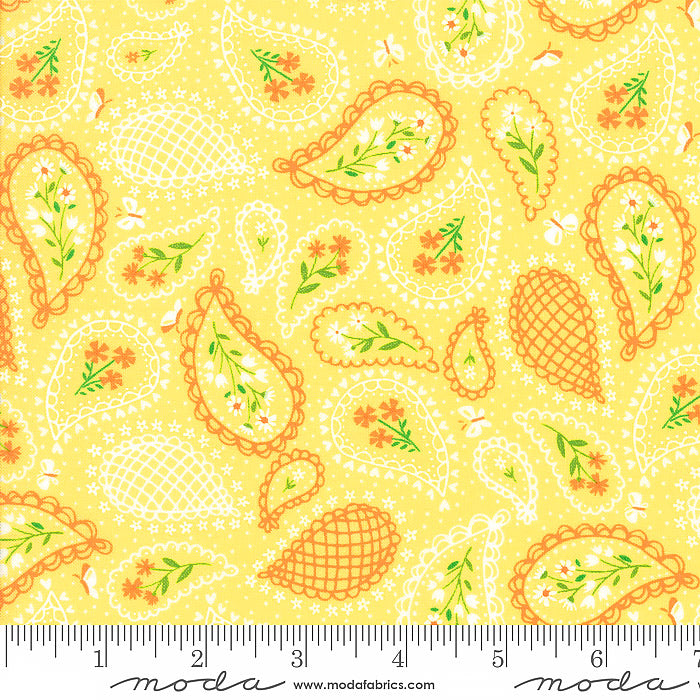 Sunday Picnic Paisley Perfection Yellow