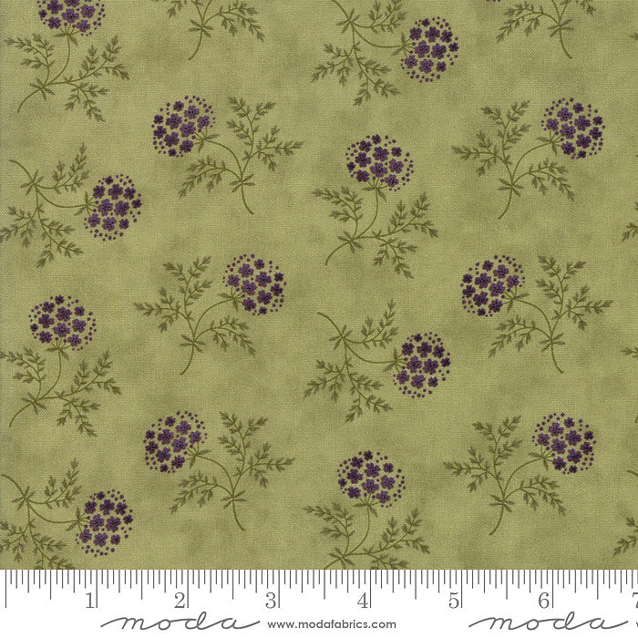 Clover Meadow Puff Ball Floral Green