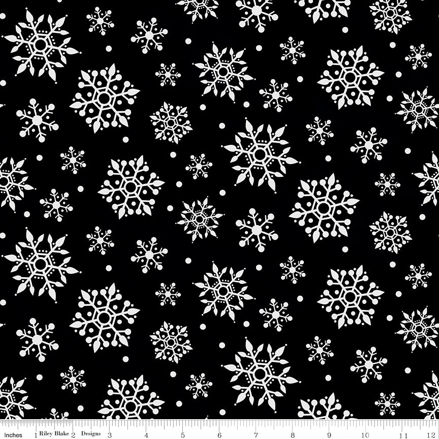 Flannel Gnome For Christmas Snowflakes Black