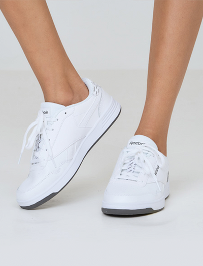 CLASSIC SNEAKER REEBOK ROYAL TECHQUE IN WHITE | CLASSIC SHOES | REEBOK OUTFIT | SNEAKER OUTFIT | WHITE SNEAKERS | BQ COLLECTIONS | BUNIQ FASHION | WHITE SHOES | BUY ONLINE SNEAKERS | BUY ONLINE SHOES | BUY WHITE SNEAKERS | BEST SELLER REEBOK | OUTFIT OOTD | WHITE SNEAKER STYLE | CASUAL OUTFIT | AUSSIE STYLE