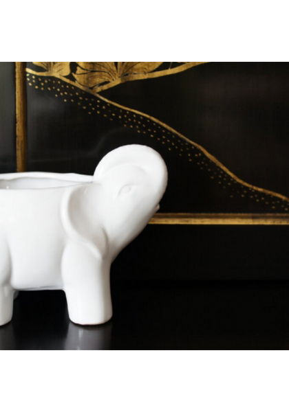 White Elephant Lotus & Lily Scented Candle