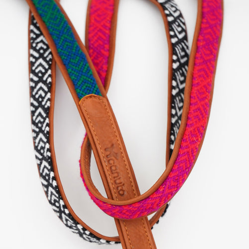 HAND-WOVEN LEASHES