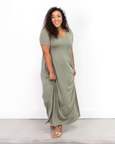 Image of Caprice Double V-Neck Maxi Dress / 1XL-3XL