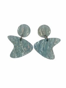 Boomerang Earrings - shimmer blue