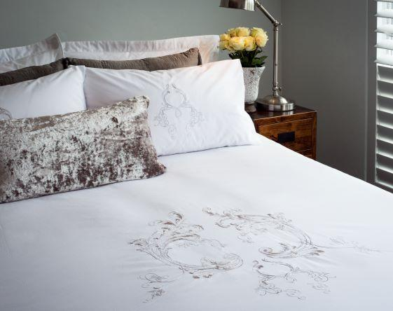 Windsor Cotton Percale Duvet & Pillowcases Set